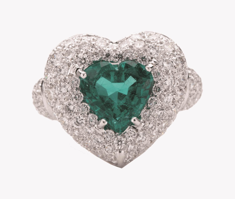 molti stili los angeles miglior sito web Anello con smeraldo taglio cuore e diamanti taglio brillante | De ...